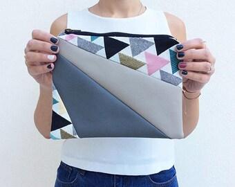 Happy Triangle Clutch Bag 2