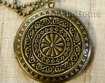 Beautiful Round Locket Antique BrassTwo-sided Victorian Baroque Pattern Pendant -LKRS-D28AB - 1 Pc