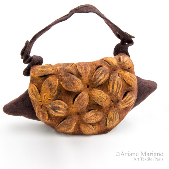 Fiber Art Women Bag, Sculptural Felted Merino Wool Handbag, Designer Bag Paris, Sustainable Ecco Design, unique High Fashion, Golden Yellow