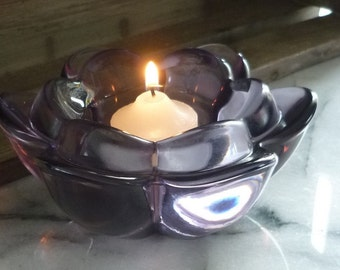 Purple glass flower-shaped Tea light candle holder, wedding table decoration, center piece wedding gift, anniversary gift, Christmas Gift