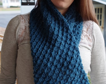 Warm Cowl Daisy - knitting pattern