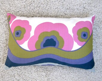 Vintage 60s Cushion Cover Retro Flower Power Psychedelic Design