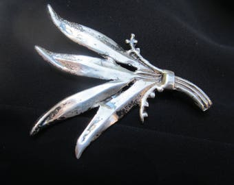 Very Old Heavy Sterling Silver Brooch-Hallmarked-FREE SHIPPING (US)