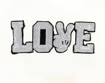 White Word Love with Mickey Hand Sequin Patch Cartoon Sequin Letters Applique Patches 256