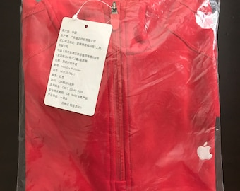 NEW Apple Retail Store Red Holiday Pullover Size Men's Medium