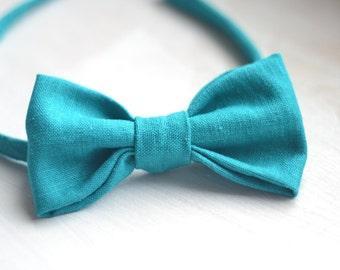 linen baby bow tie emerald green baby bow tie boy bow tie kids bow tie toddler bow tie little man birthday party newborn photo prop boy gift