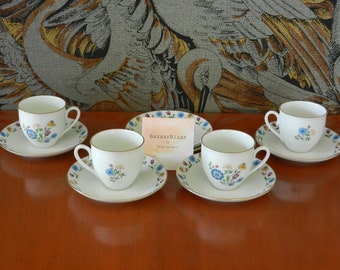 Vintage espresso cups with flowers
