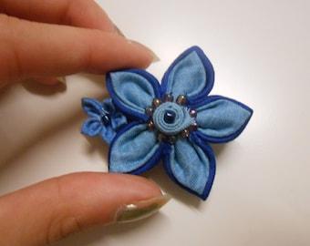 Kanzashi blue pin - handmade