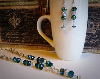 Peacock grün funkelnden Kristall Halskette und Ohrringe Set, Abschlussball Schmuck Geschenk für sie, Abendgarderobe, ein Unikat, handgefertigt von Felicianation