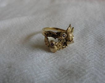 14k gold birdie ring with tiny ruby eyes size 6