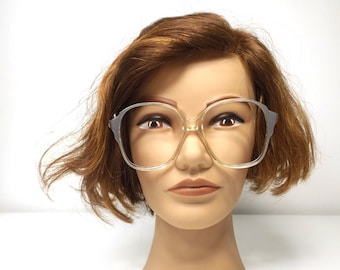 vintage. eyeglasses. for women. women. metallic. silver. round. eye glasses. eyeglass frames. clear. oversize. retro. plastic.