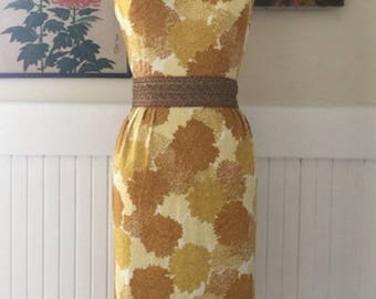 Vintage Pin Up 50s 60s Printed Floral Yellow Wiggle Dress Sz Small