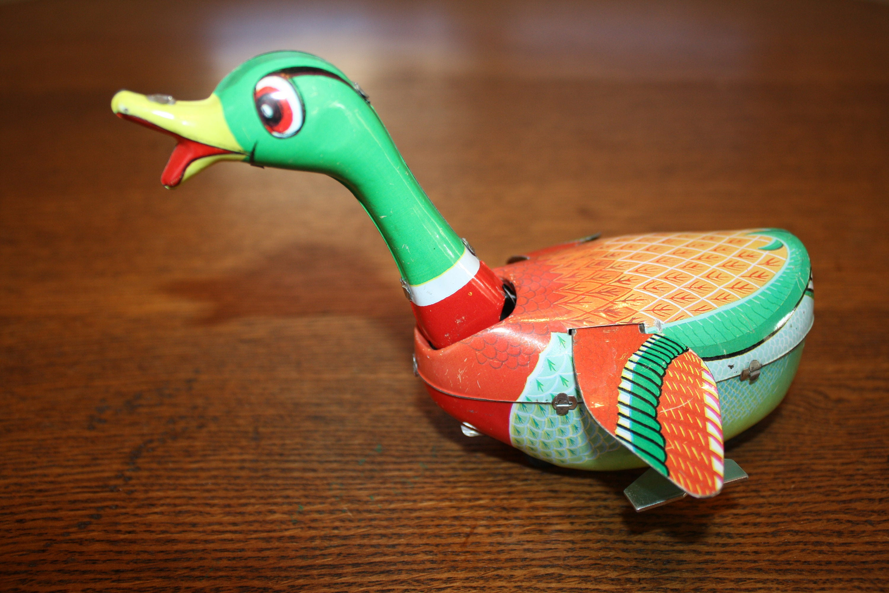 Vintage Tin Wind Up Swimming Duck Made in China