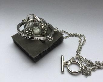 An recreation of Harry Potter prisoner of Azkaban Hermione Granger's time turner necklace