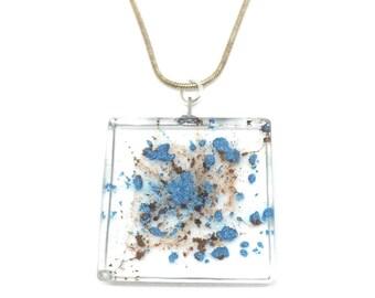 Spreaded Resin Pendant, Resin Necklace, Handmade Jewellery, Natural Jewellery, Birthday Gift,