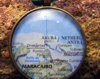 Aruba Map Christmas Ornament, Keep a memory Alive / HONEYMOON Gift / Wedding Map Gift / Travel Tree Ornament / Corporate gift