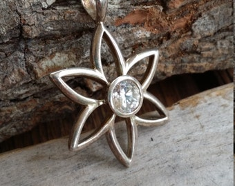 Sterling silver pendant Flower pendant with clear stone 925 sterling silver pendant sterling silver jewelry FZ596
