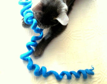 Wool Cat Toy  - Felted Swirl Rope - Eco Friendly - Fun