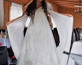 Celtic Wedding Dress with gorgeous Lace