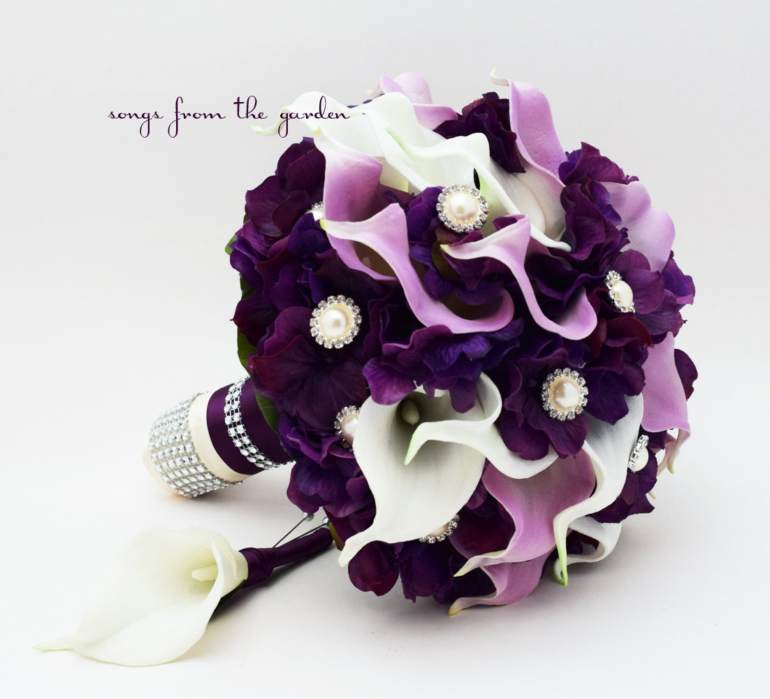 About Marriage Marriage Flower Bouquet 2013: Purple & Lavender Real Touch Calla Lily Wedding Bouquet Real