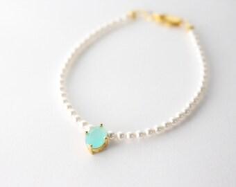 Mint crystal pearl bracelet