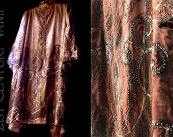 RARE 1920s Beaded Opera Coat ~ Bonwit Teller. 20s Peach Silk Velvet. Metallic Beadwork and Sequins. Jazz Age. Flapper. Art Deco.