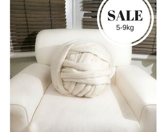 SALE!5KG! Super chunky Merino wool yarn! 100% Natural cream ethical wool chunky yarn Extreme arm knitting Giant Chunky knit blankets Roving