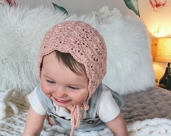 Blush Baby Bonnet, Newborn Baby Hat, Crochet hat, Spring bonnet, Baby Shower Gift, Baby Girl Bonnet, Scallop bonnet, Girl crochet hat