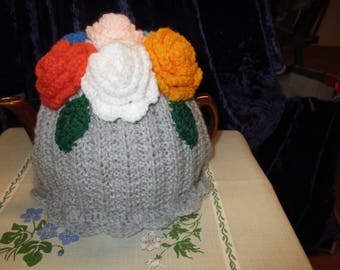 Beautiful Posy of Roses Tea Cosy (Silver Grey) vibrant Flowers