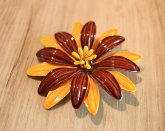 1960s Enamel flower brooch in saffron and rust, mod saffron daisy pin, sixties enameled daisy pin, mod flower pin