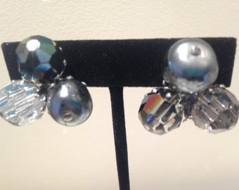 Beautiful VOGUE Costume Pearls, Aurora Barealis Rhinestones Clip Earrings USA Free Shipping