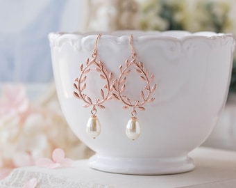 Rose Gold Bridal Earrings, Bridesmaid Earrings, Rose Gold Wedding Jewelry, Cream White Pearls Leaf Laurel Wreath Earrings, Bridesmaids Gift