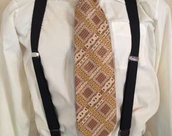 1970s Patterned Necktie Gold Geometric Tie