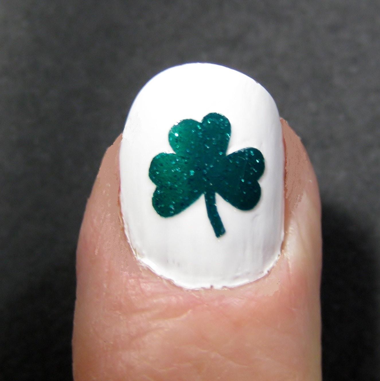 🔎zoom - Shamrock St. Patrick's Day Toe Nail / Finger Nail Art /
