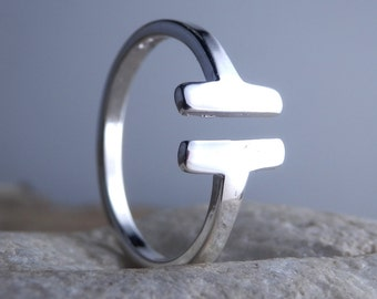 Geometric Sterling Silver Ring. Parallel Bar Ring. Adjustable Ring. Double Bar Ring. Minimalist Jewelry. Open Ring. Silver 925 ring. Simple.