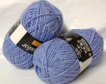 10 balls, 30% wool purple/nightblue / made in France