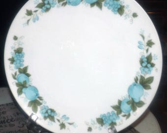 Vintage (c.1970s) Noritake Blue Orchard pattern 6695 dinner plate.  Made in Japan.  Blue fruit and berries, greenery.
