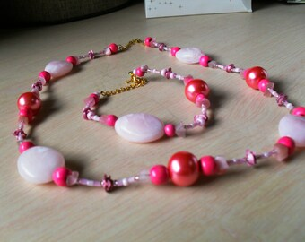 set (necklace and bracelet) colorful, chic, class (Pink)