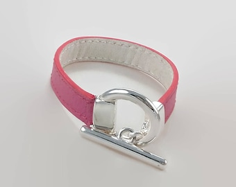 Women bracelet leather pink, silver plated clasp, White leather lining, sewing thread red and white side lining, red edge