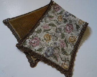 "9"" x 22 1/2"" Rectangular Floral Tapestry Doily Table Placemat Runner"