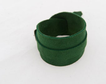 Rustic leather cuff  arm wristband bracer green summer fashion steampunk urban indie couture post apo viking game of thrones warcraft larp