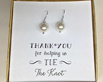 White Pearl Earrings - Bridesmaid off White Shell Pearl Earrings - Sterling Silver Earrings - white Pearl Earrings - ES1