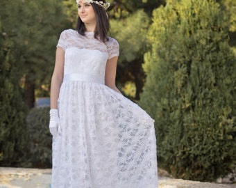 Sale White Wedding Dress, Lace Wedding Gown Long Bohemian Gown Unique Gown, 50S Wedding Dress, Βοhο Wedding Dress, Wedding Gown, Cap Sleeves