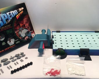 Battleship Torpedo Attack Game Milton Bradley Great Condition Complete FREE SHIPPING