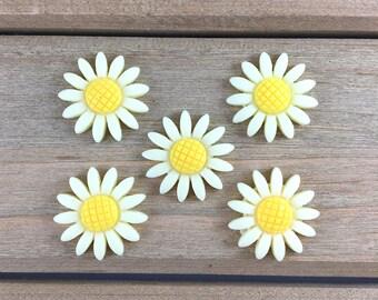 Yellow Daisy Hair Bow Center, Daisy cabochon, DIY Hair Bow Supplies, DIY Headband Center, Yellow Daisy Flatback, Flatback Resin