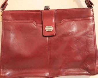 True Vintage 1980's Real Leather Handbag, shoulder Bag In a Conker / Reddy Brown Colour