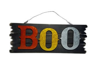 "ESE Halloween Wood sign, wall decor. door hanger ""BOO"", 18"""