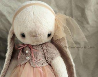 Collectible Bunny Fiona, artist teddy bunny, teddy bear, teddy toys, interior doll