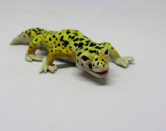 Porcelain leopard gecko, realistic baby sized handmade original sculpture