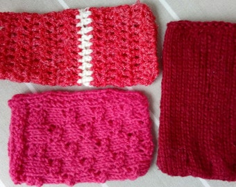 Phone cosy - Red Collection | Handknitted phone pouch | Handmade phone sock | Vegan phone cosy | Red | Pink | Soft phone case